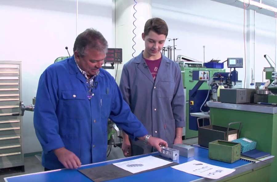 Dessinateur-constructeur industriel / Dessinatrice-constructrice industrielle CFC
