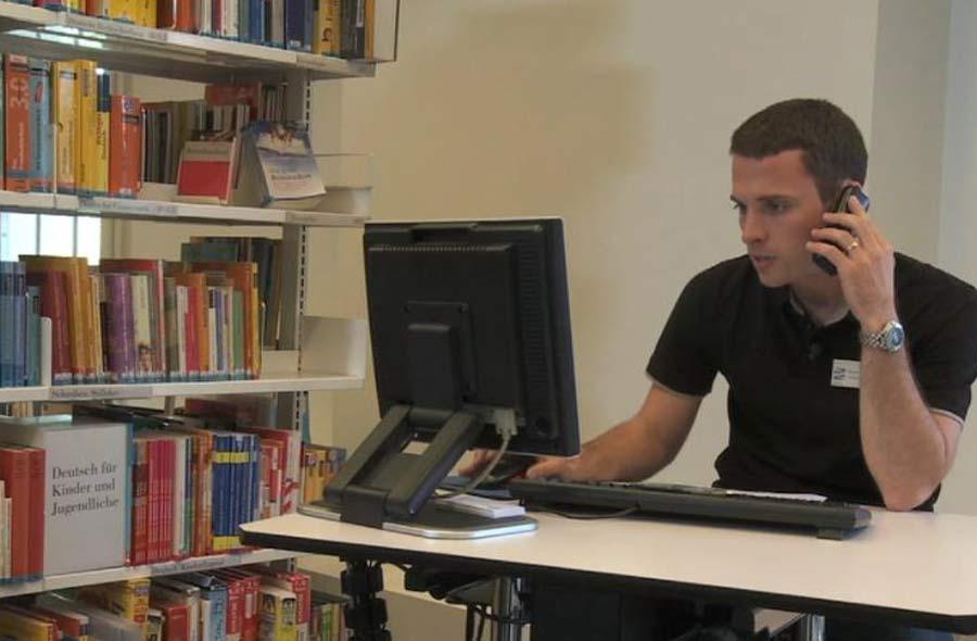 Fachmann/Fachfrau Information und Dokumentation EFZ – Film mit Porträt eines Berufstätigen