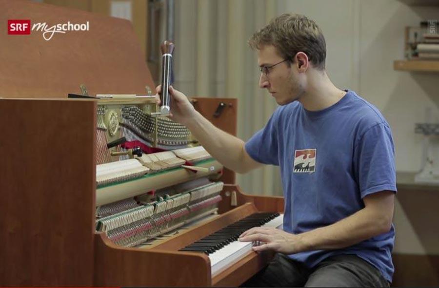 Musikinstrumentenbauer/in EFZ, Fachrichtung Klavier – Film mit Porträt eines Lernenden