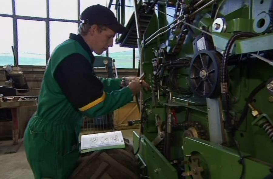 Landmaschinenmechaniker/in EFZ – Film mit Porträt eines Lernenden