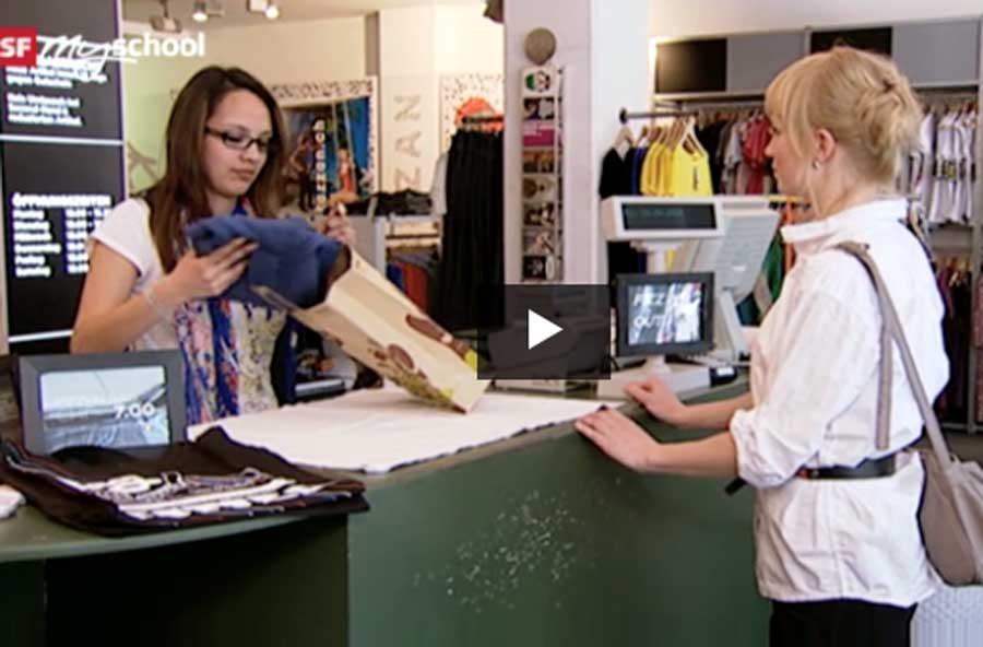 Detailhandelsfachmann/-fachfrau EFZ Textil – Film mit Porträt einer Lernenden