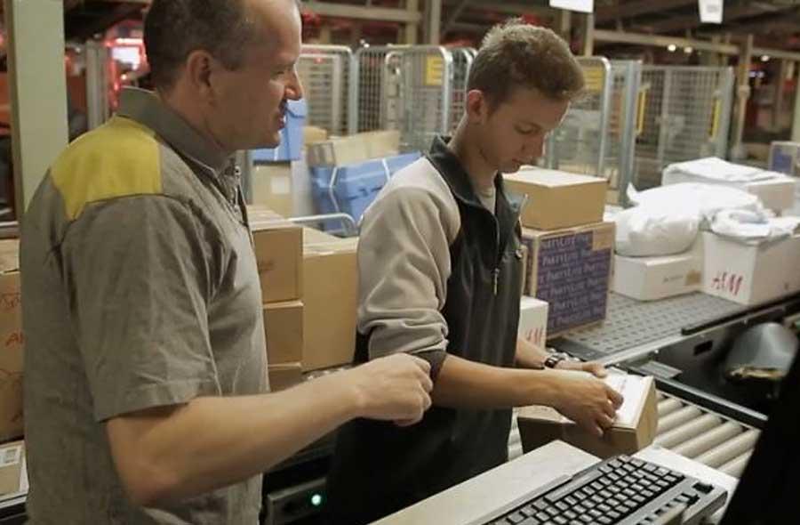 Logistiker/in (Distribution)  EFZ – Film mit Porträt eines Lernenden